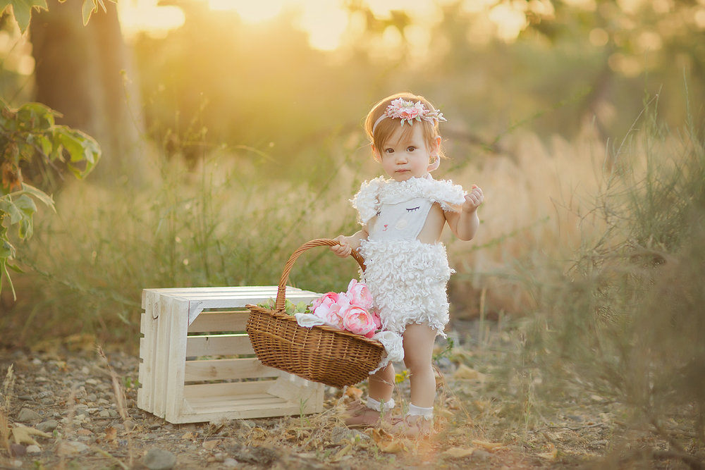 oc-baby-photography-irvine-sunset-little-lamb-floral-outdoor.jpg