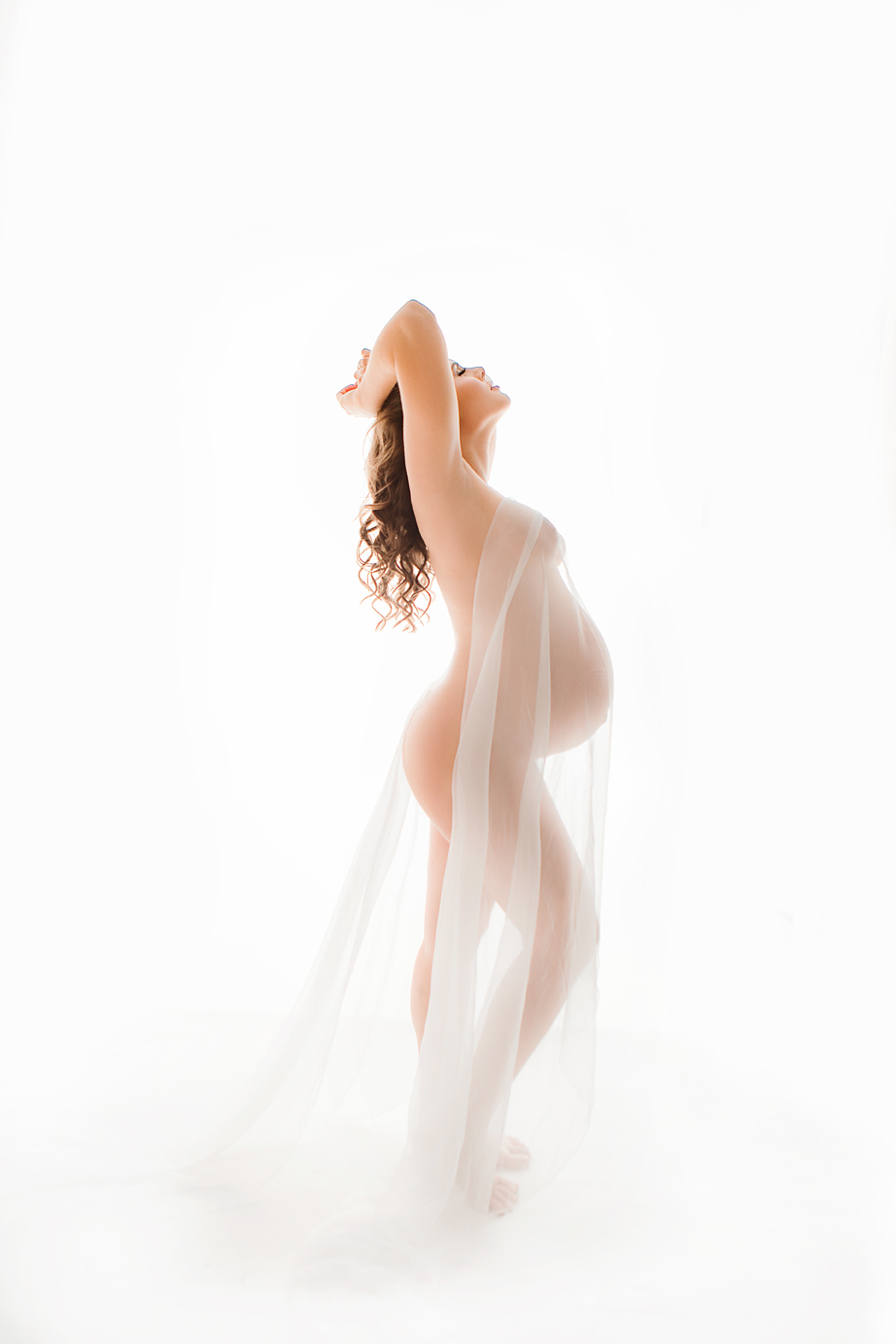 orange-county-maternity-photography-studio-irvine-nude-fine-art-white-backdrop.jpg