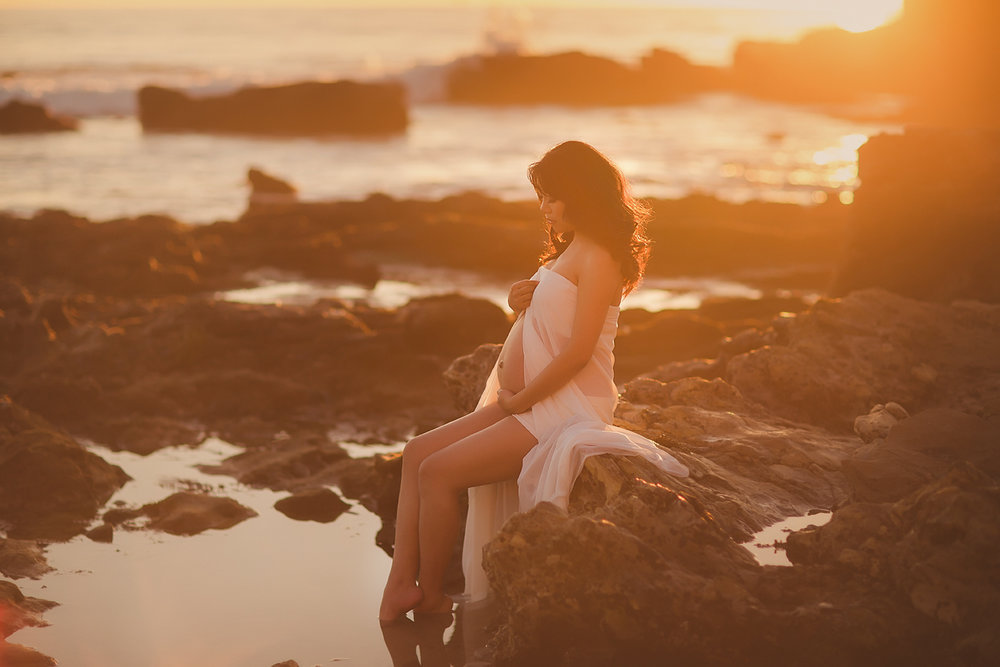 orange-county-beach-maternity-photography-irvine-newport-luxury.jpg