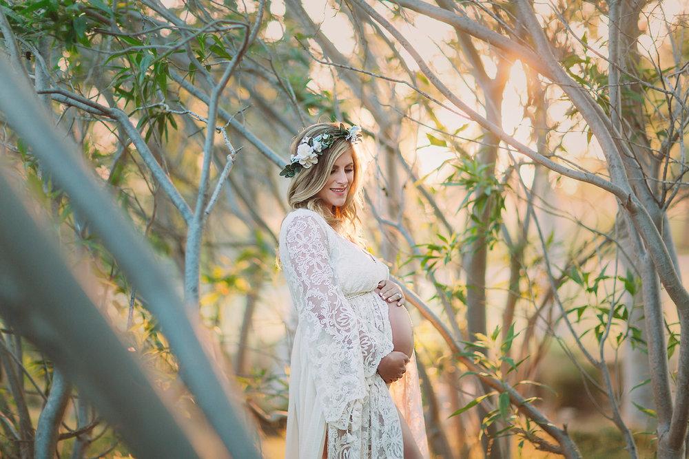 orange-county-maternity-photographer-irvine-outdoor-studio-fashion-gown-boho-style-forest.jpg