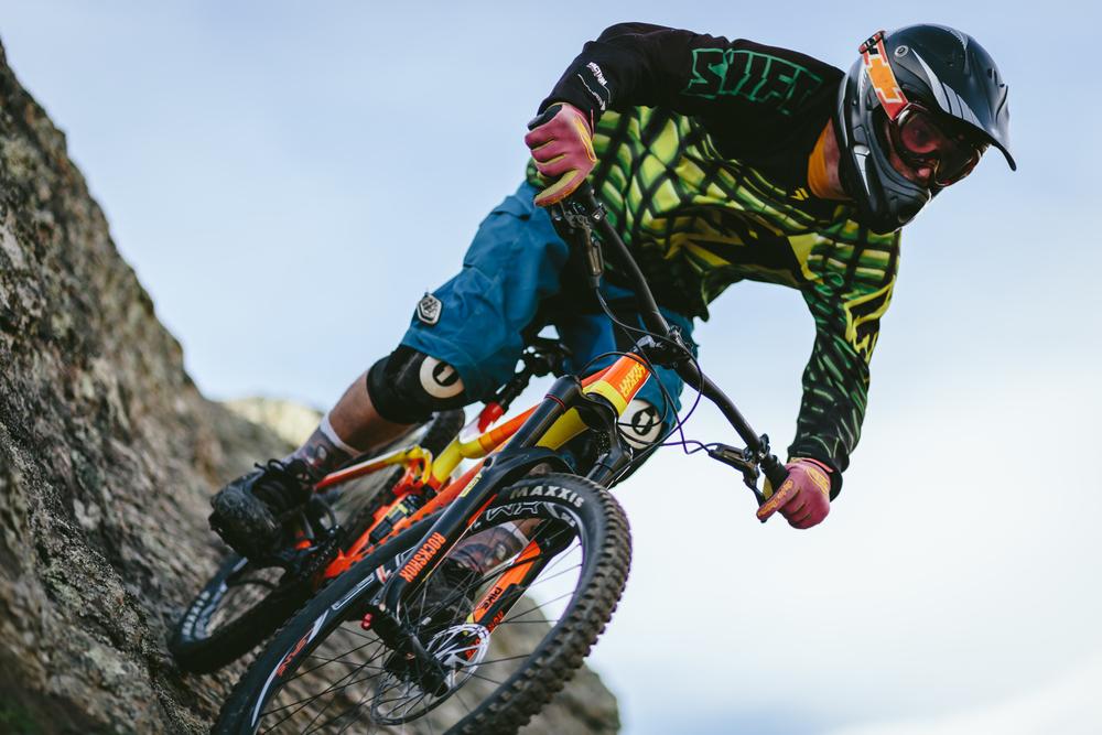 Downhill MTB-8.jpg
