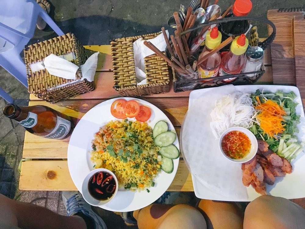 backpackers-alley-food.jpg
