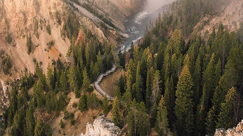 MOST BREATHTAKING VIEW IN YELLOWSTONE - view this beauty from these hiking trails