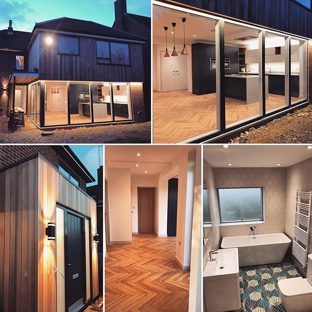 One of our recently completed residential extension & refurbishment projects looking awesome lit up at night #builder #buildersofig #construction #refurbishment #extension #modernliving #openplan #slidingdoors #lighting #bathroom #kitchen