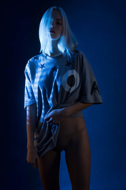 T-shirt: Givenchy