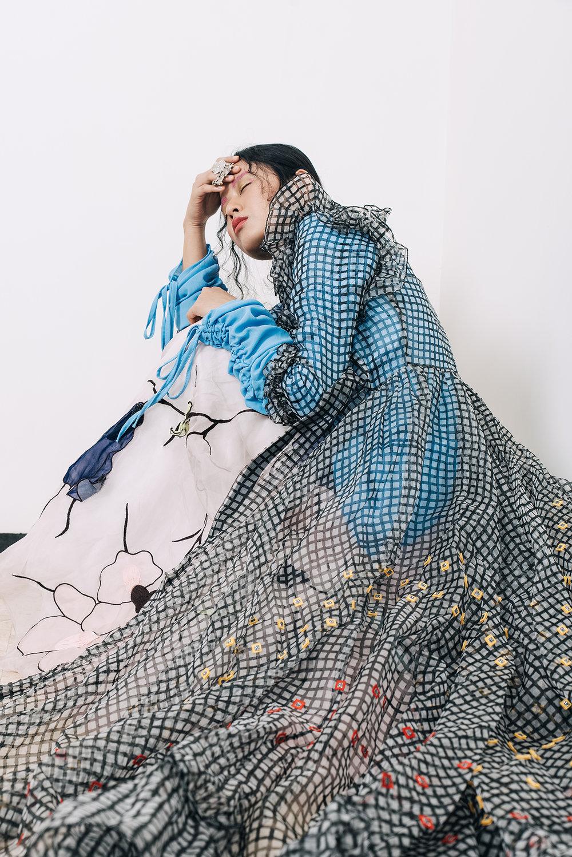 Blue Top – MADISON Black Top – LECOANET & HEMANT Cape – VIDHI WADHWANI Skirt – ESHAANI JAYASWAL Ring – LARA MORAKHIA Footwear – THE HEEL HUSTLE