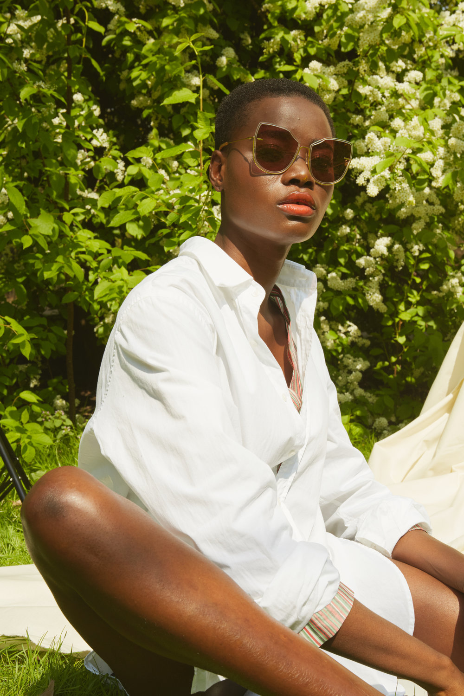 Shirt - Raey   Shirt (under) - Isa Arfen  Sunglasses - Moy Atelier