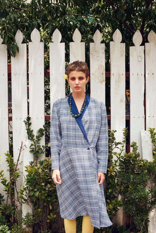 Delfina wearing  Dress - Vintage , Stockings - Zara, Earrings - Zara , Collar - vintage   Xiomara wearing  Pants & Jacket - Vintage , T-shirt - H&M , Collar - Vintage