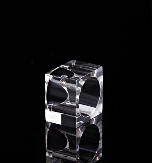 nunc-diamonds-ice-cube-ring.jpg