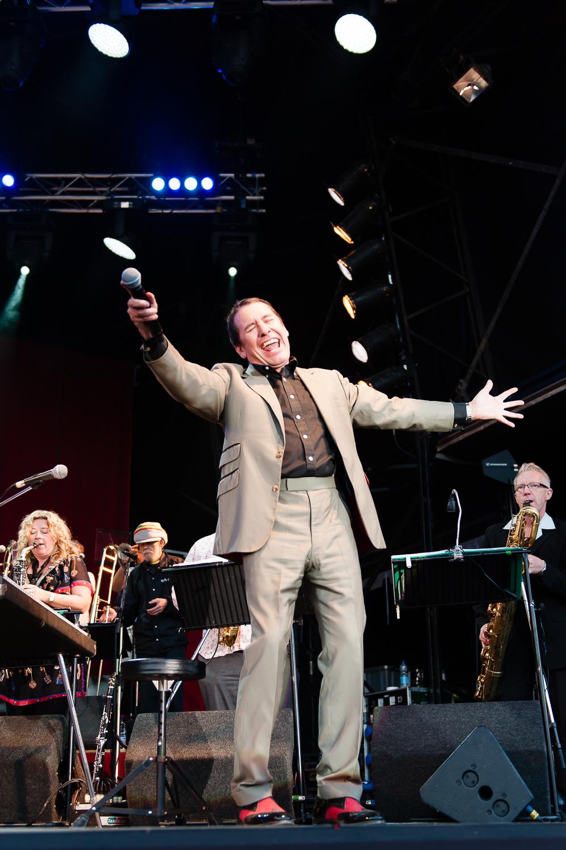 jools-holland-concert-6.jpg