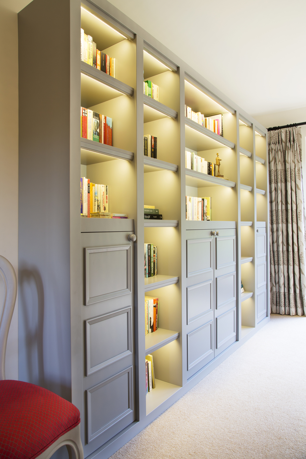 Sevenoaks Dining Room Design by Smartstyle Interiors Bespoke Bookshelf.jpg