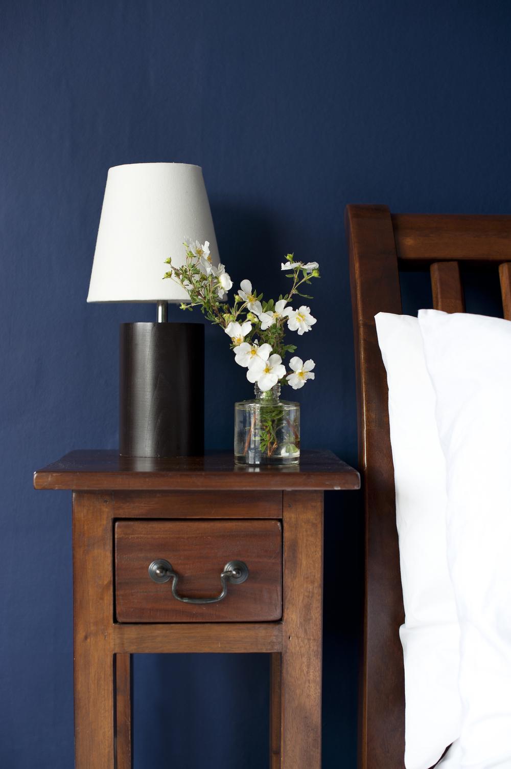 Tunbridge Wells Master Bedroom Design by Smartstyle Interiors – Beside Table.jpg
