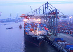 091111_hamburg_port_2.jpg