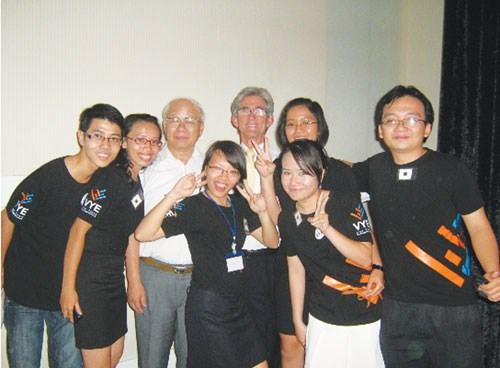 The group with professor Nguyen Ngoc Chau and professor Tom Kosnik