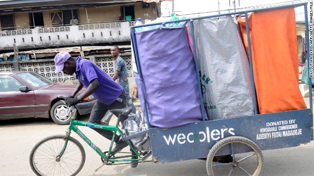 Wastes being transported in a wecycle.jpg
