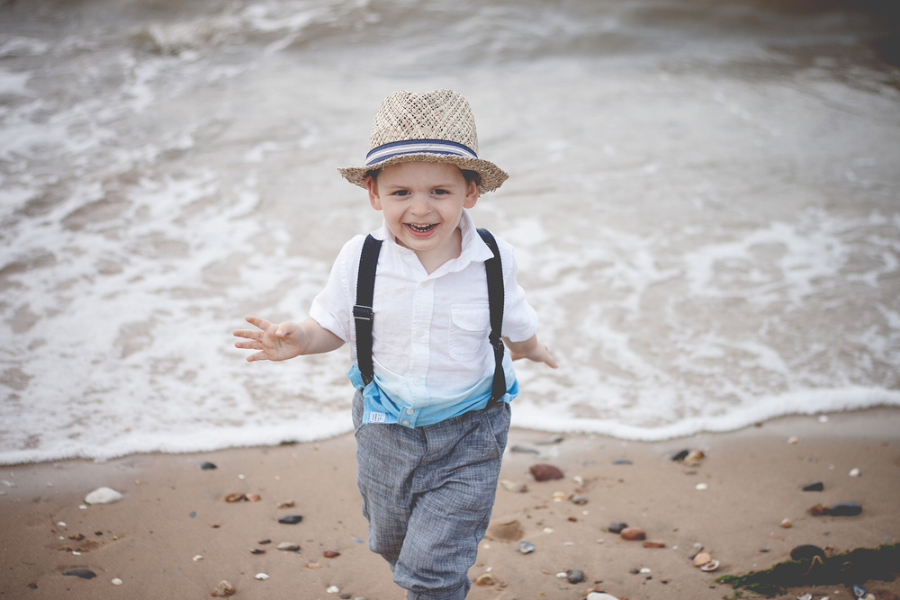 (c) Esther Wild Photographer, Kings Lynn and West Norfolk. Family life outdoor photography