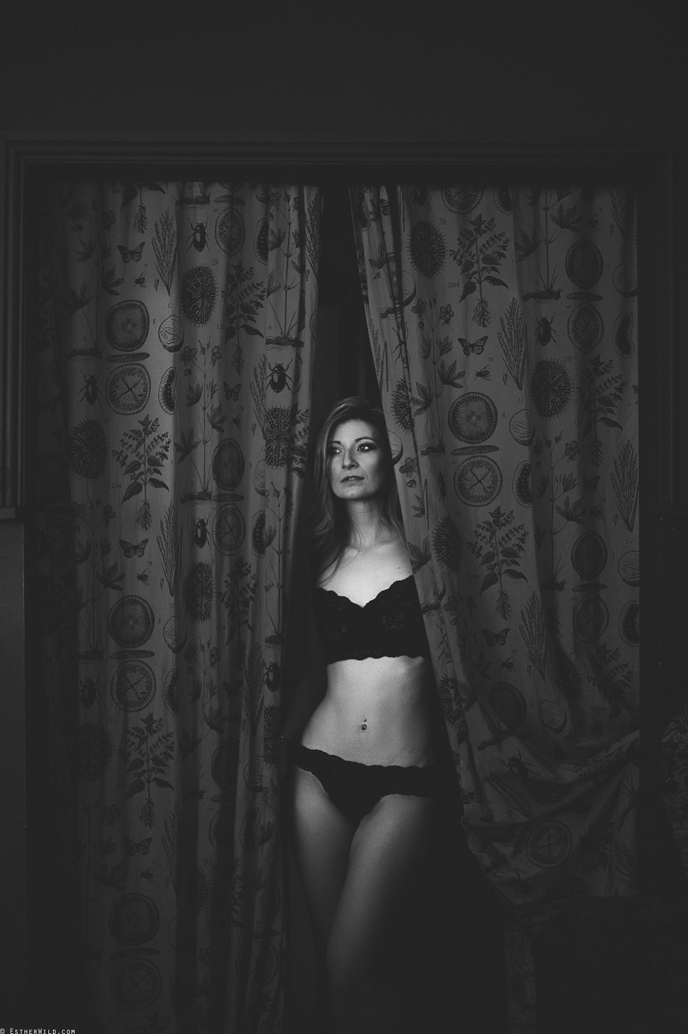 © Esther WIld Photographer, Kings Lynn Boudoir in Archers Kitchen