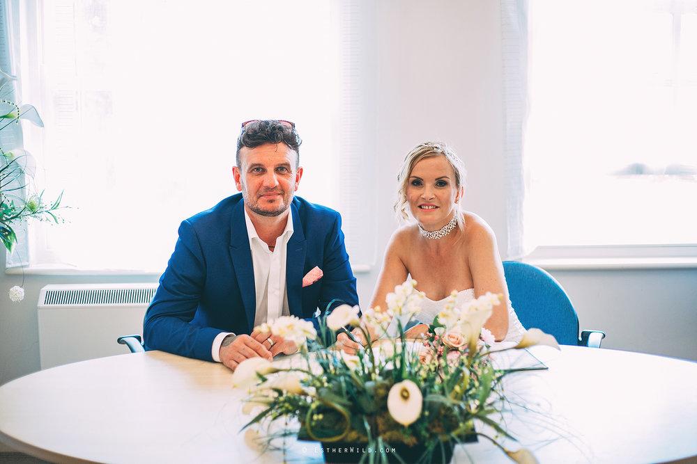 Wedding_Photographer_Norfolk_Kings_Lynn_Town_Hall (113).jpg