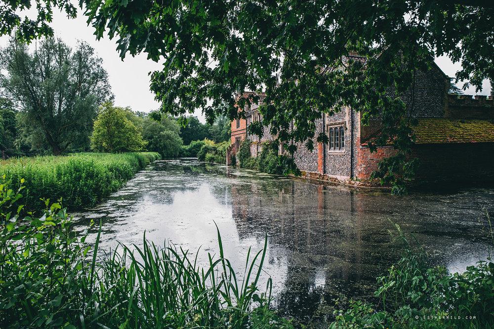 Norfolk_Wedding_Photographer_Mannington_Hall_Country_Esther_Wild_9782.jpg