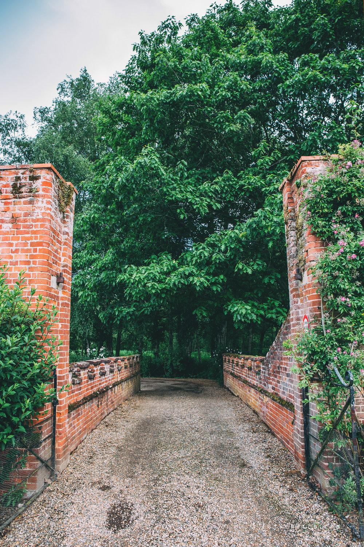 Norfolk_Wedding_Photographer_Mannington_Hall_Country_Esther_Wild_9781.jpg