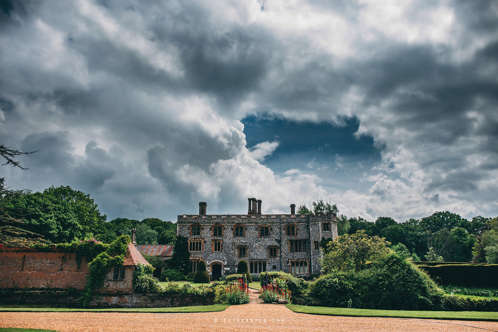 Norfolk_Wedding_Photographer_Mannington_Hall_Country_Esther_Wild_9870.jpg