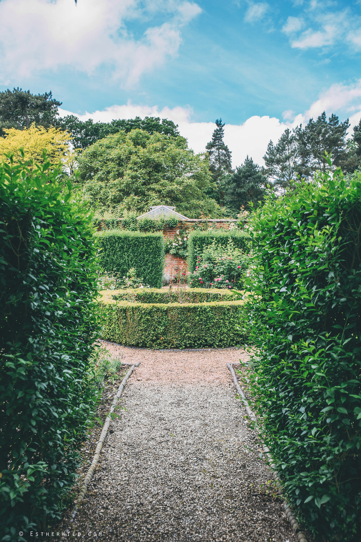 Norfolk_Wedding_Photographer_Mannington_Hall_Country_Esther_Wild_0279.jpg