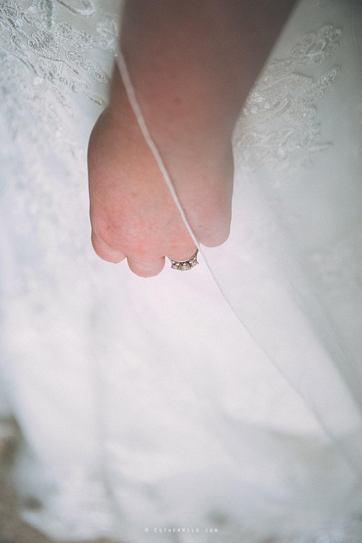 Norfolk_Wedding_Photographer_Mannington_Hall_Country_Esther_Wild_0820.jpg