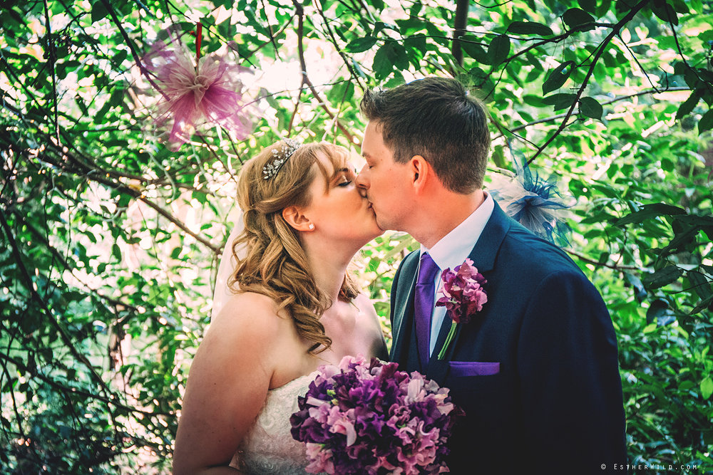 Norfolk_Wedding_Photographer_Mannington_Hall_Country_Esther_Wild_1097.jpg
