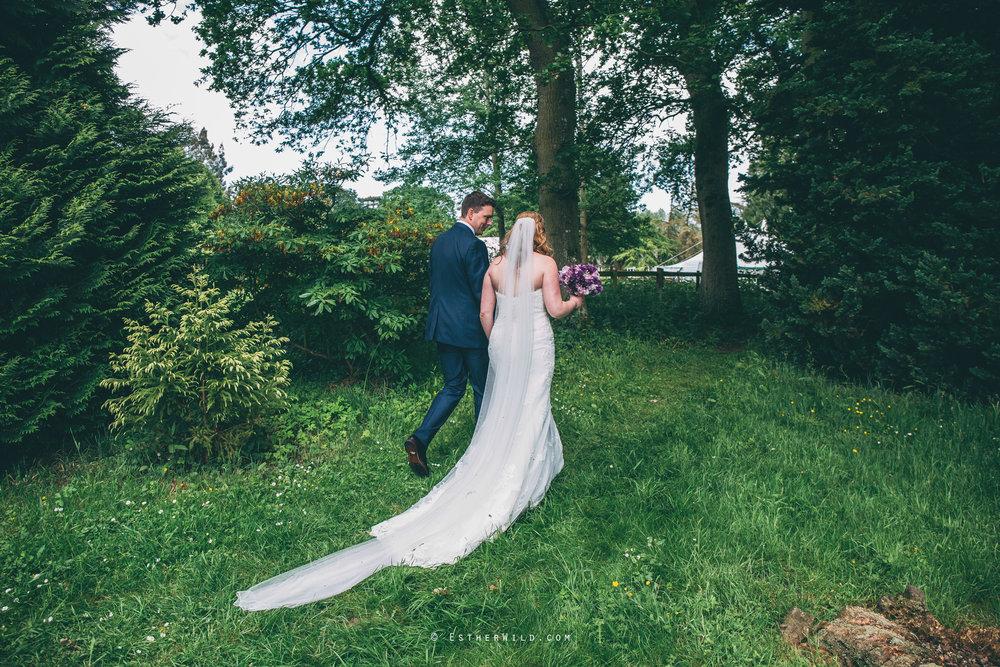 Norfolk_Wedding_Photographer_Mannington_Hall_Country_Esther_Wild_1116.jpg