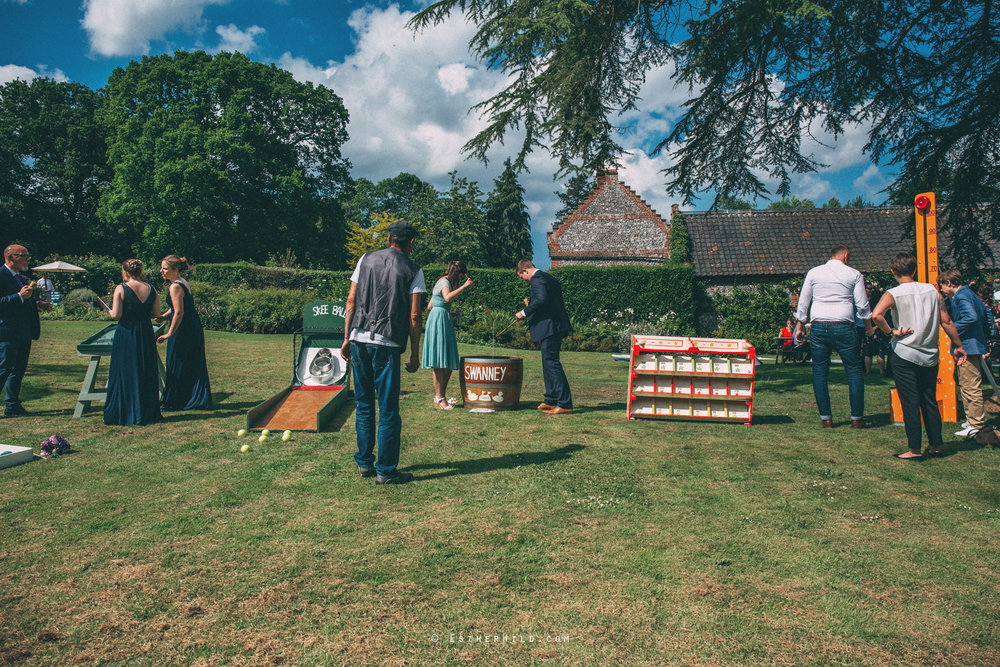 Norfolk_Wedding_Photographer_Mannington_Hall_Country_Esther_Wild_1532.jpg
