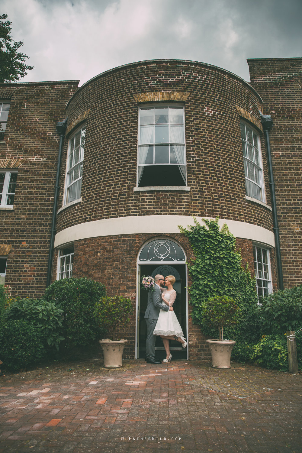 Clapham_Croydon_Morden_Park_London_Wedding_Photographer_Photography_Esther_Wild_Norfolk_IMG_5626.jpg