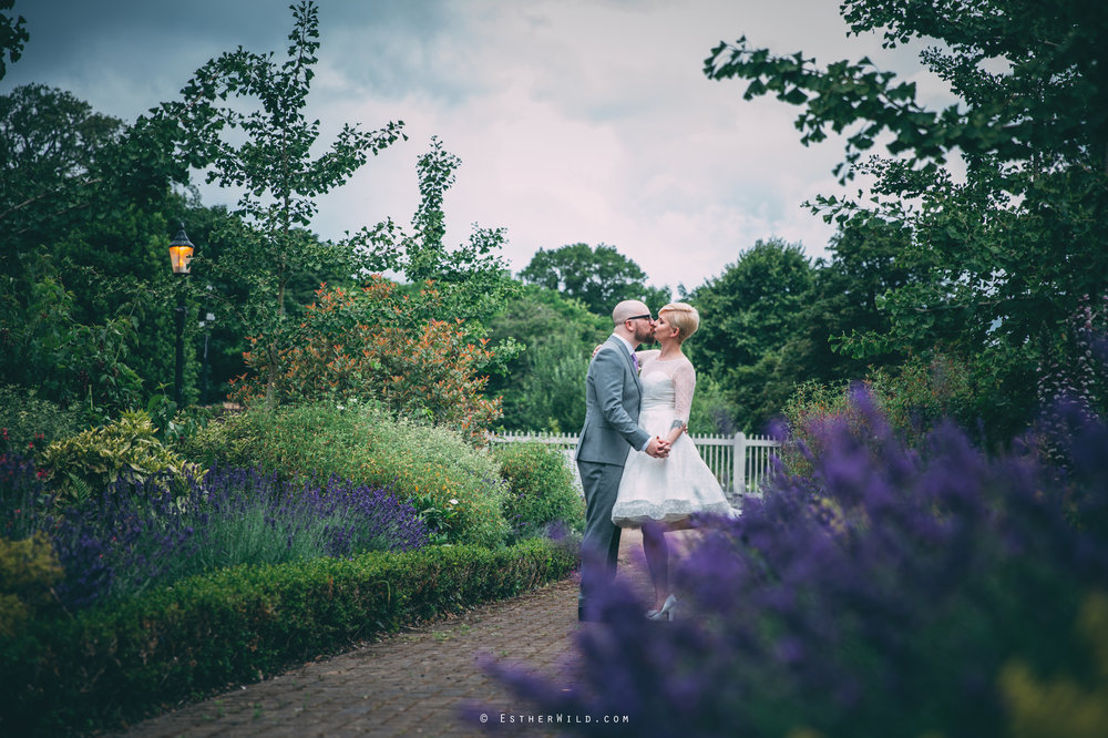 Clapham_Croydon_Morden_Park_London_Wedding_Photographer_Photography_Esther_Wild_Norfolk_IMG_5691.jpg