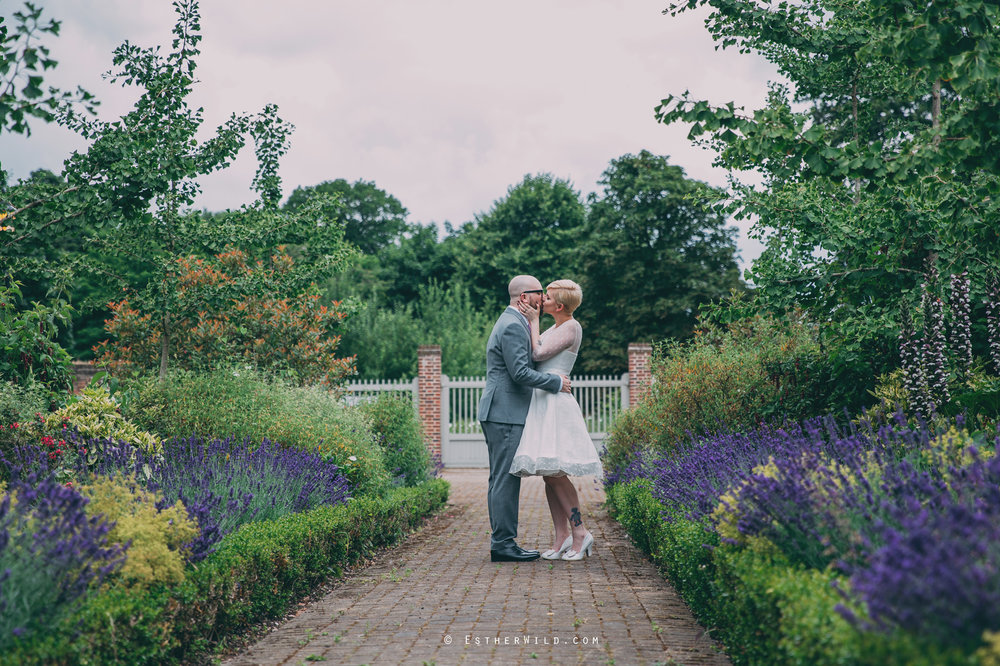 Clapham_Croydon_Morden_Park_London_Wedding_Photographer_Photography_Esther_Wild_Norfolk_IMG_5670.jpg