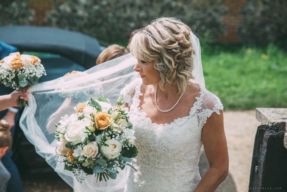 Norfolk_Wedding_Photographer_East_Lexham_RathskellarIMG_0324.jpg