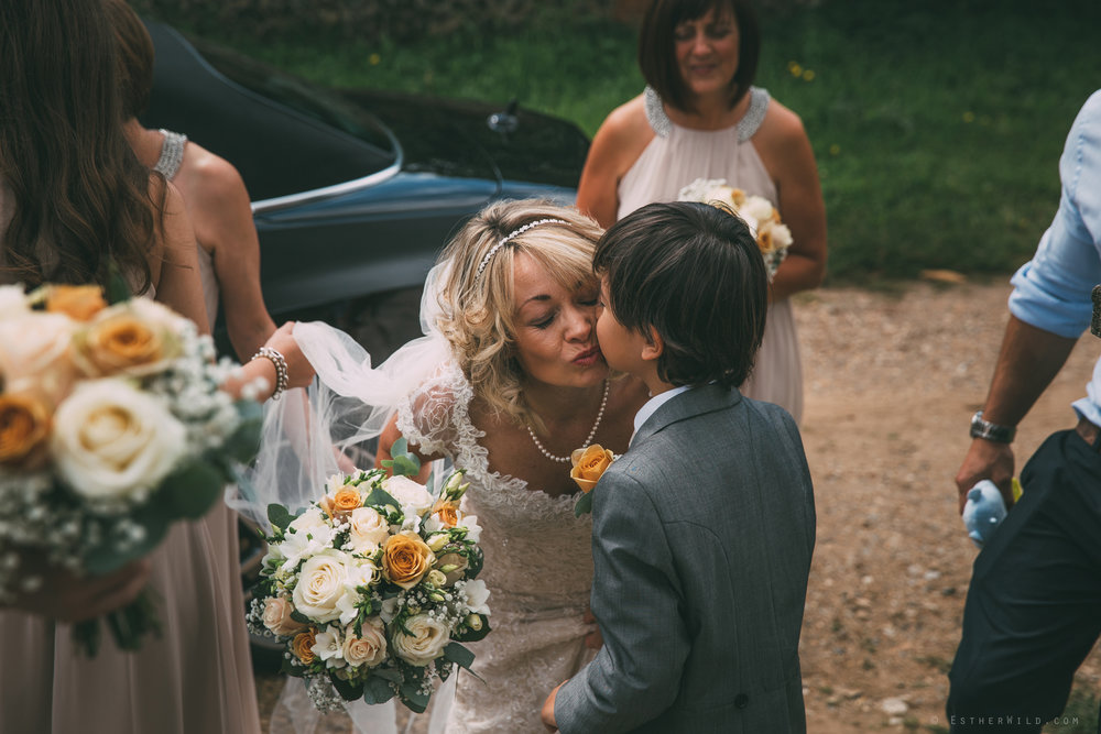 Norfolk_Wedding_Photographer_East_Lexham_RathskellarIMG_0319.jpg