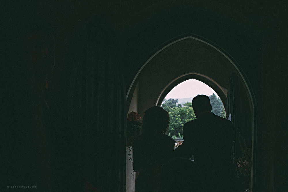 Norfolk_Wedding_Photographer_East_Lexham_RathskellarIMG_0668.jpg