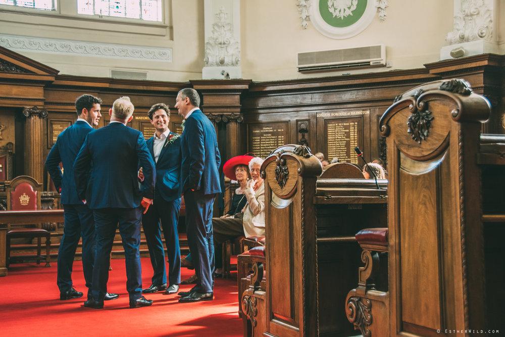Islington_Town_Hall_Wedding_London_Photographer_Esther_Wild_IMG_4752_DSC_0168.jpg