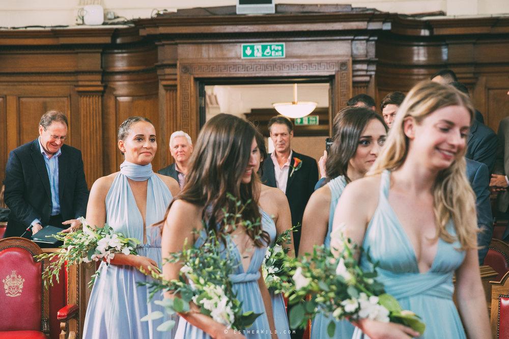 Islington_Town_Hall_Wedding_London_Photographer_Esther_Wild_IMG_4784.jpg