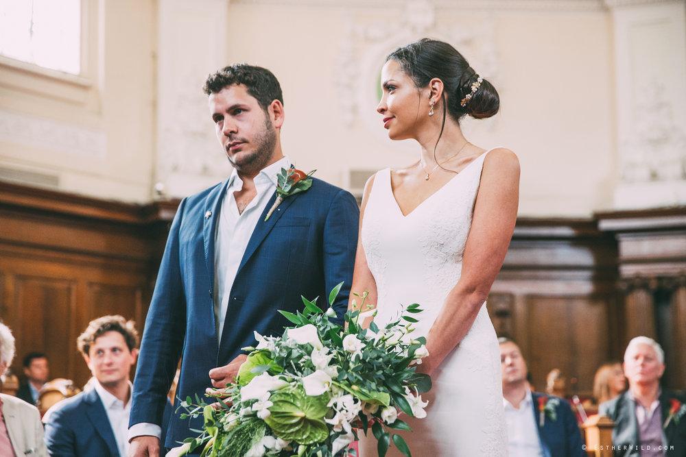 Islington_Town_Hall_Wedding_London_Photographer_Esther_Wild_IMG_4853.jpg