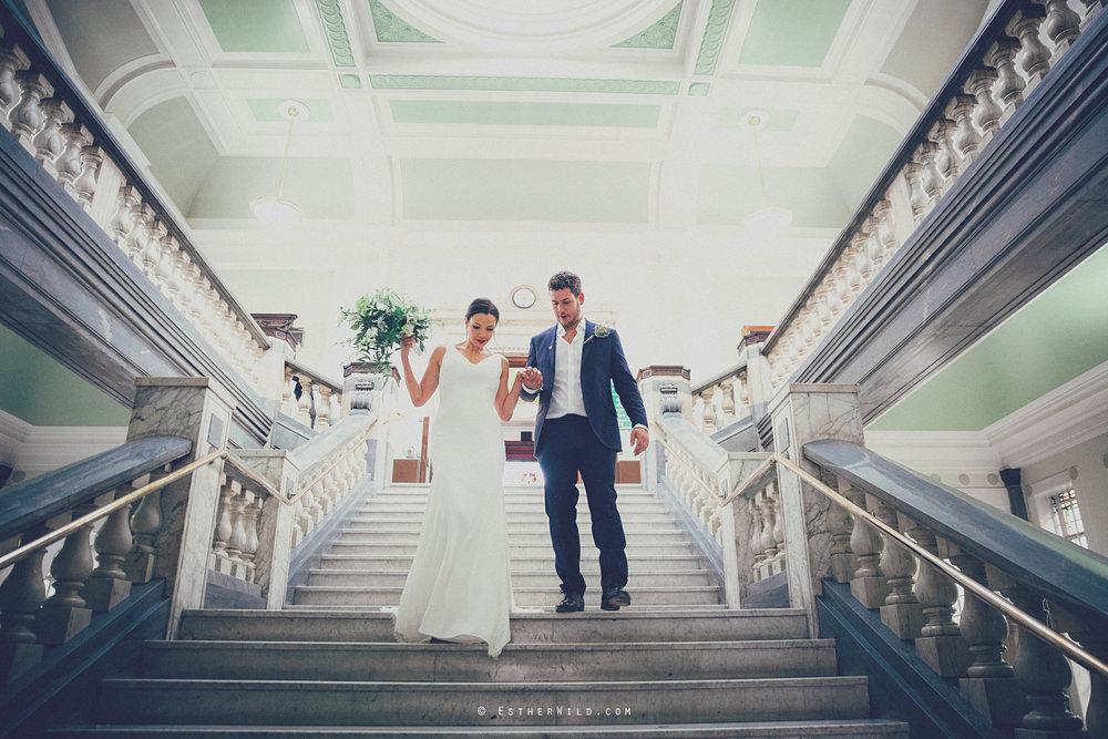 Islington_Town_Hall_Wedding_London_Photographer_Esther_Wild_IMG_5208-1.jpg