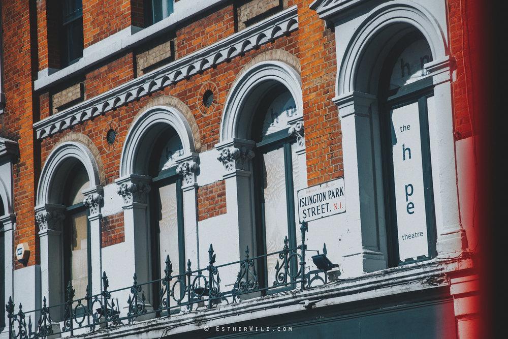 Islington_Town_Hall_Wedding_London_Photographer_Esther_Wild_IMG_5434.jpg