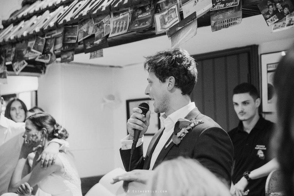 Islington_Town_Hall_Wedding_London_Photographer_Esther_Wild_IMG_6274-1.jpg