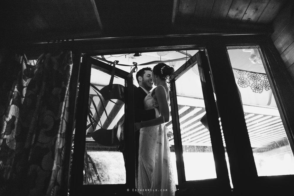 Islington_Town_Hall_Wedding_London_Photographer_Esther_Wild_IMG_6859-1.jpg