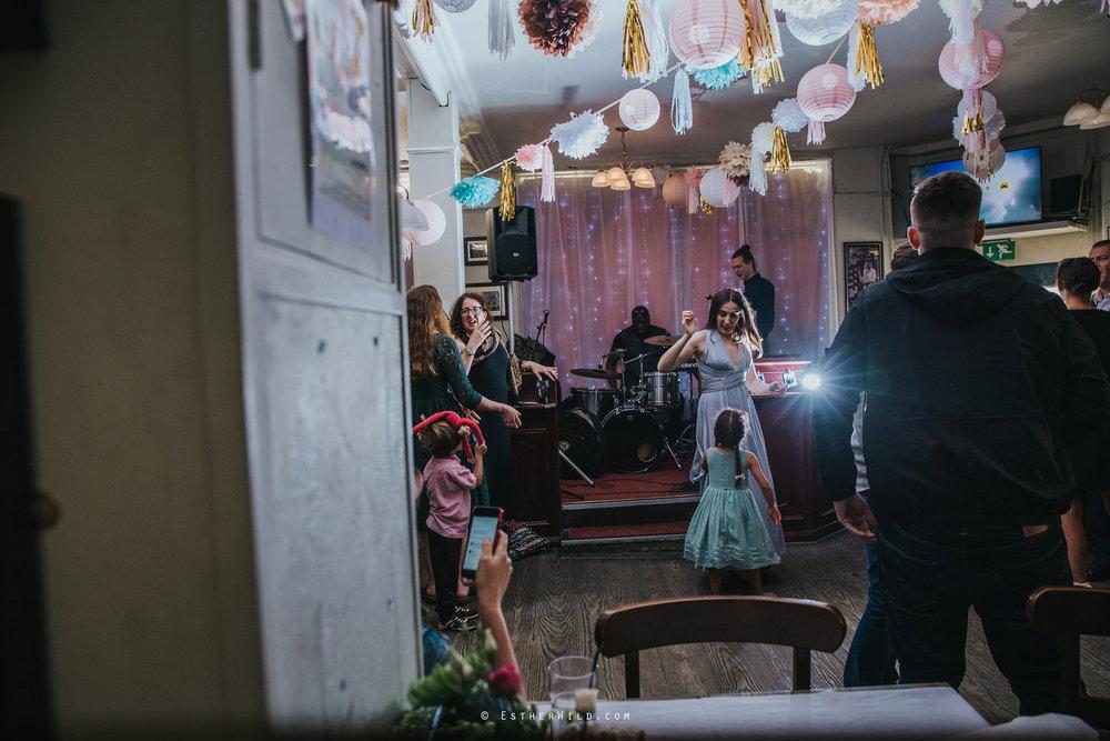 Islington_Town_Hall_Wedding_London_Photographer_Esther_Wild_IMG_7371.jpg