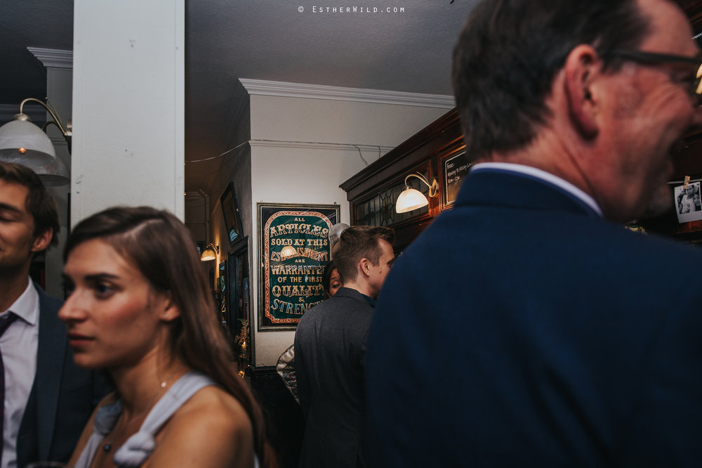 Islington_Town_Hall_Wedding_London_Photographer_Esther_Wild_IMG_7619.jpg