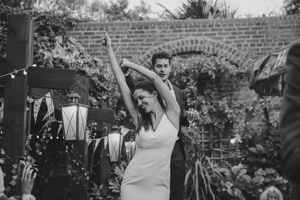 Islington_Town_Hall_Wedding_London_Photographer_Esther_Wild_IMG_7856-1.jpg