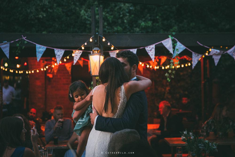 Islington_Town_Hall_Wedding_London_Photographer_Esther_Wild_IMG_8002.jpg