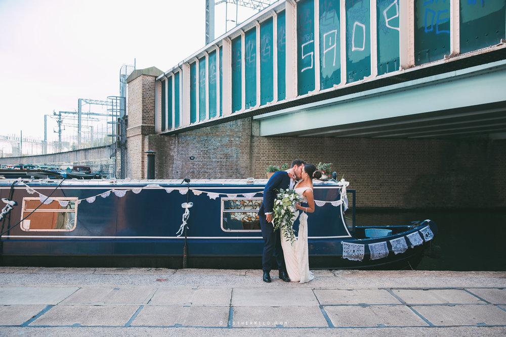 Islington_Town_Hall_Wedding_London_Photographer_Esther_Wild_IMG_6710.jpg