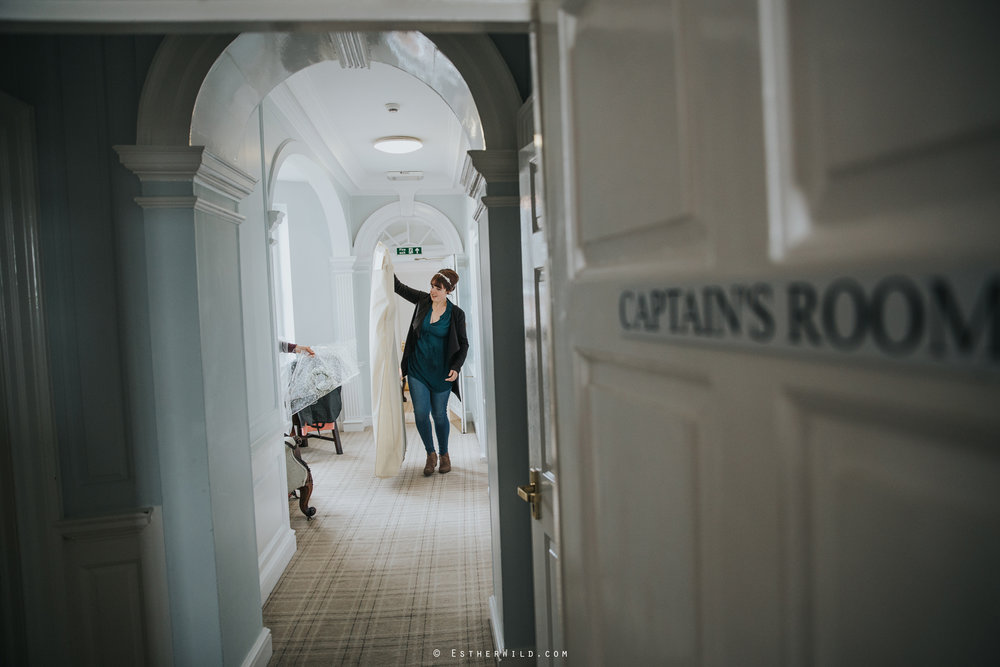 Kings_Lynn_Town_Hall_Wedding_Marry_In_Norfolk_Wedding_Esther_Wild_Photographer_IMG_4304.jpg