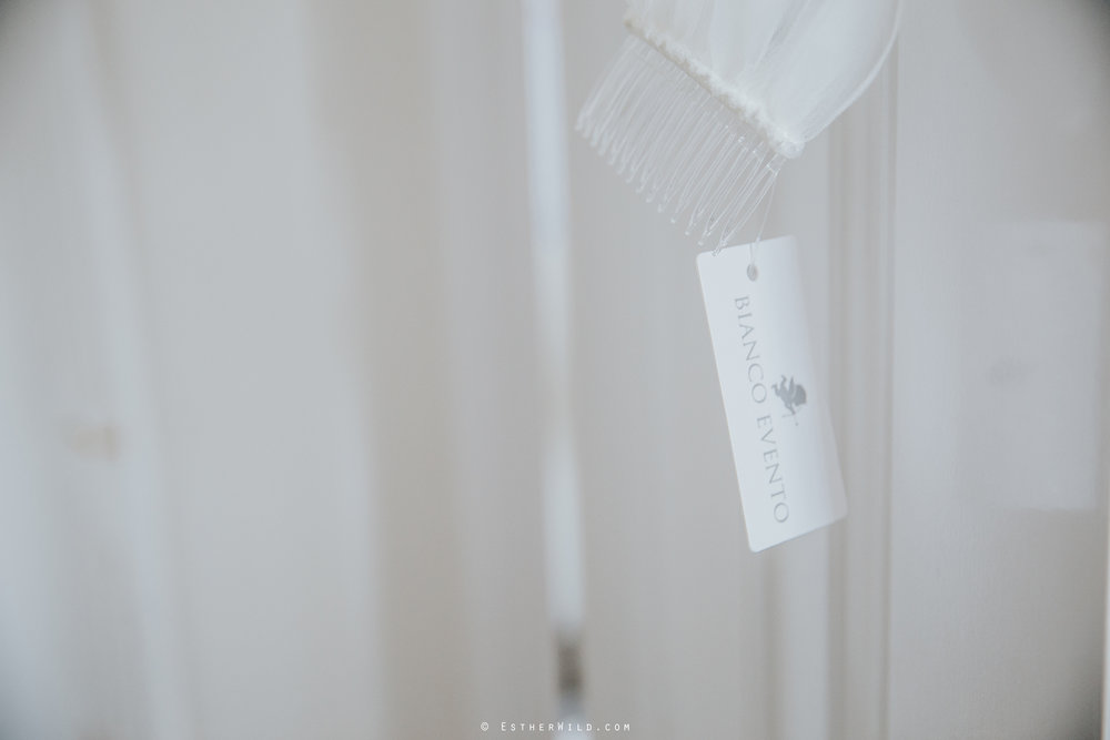 Kings_Lynn_Town_Hall_Wedding_Marry_In_Norfolk_Wedding_Esther_Wild_Photographer_IMG_4394.jpg